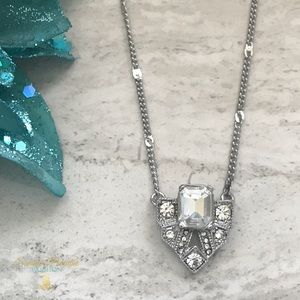 💎BOGO50% OFF!💎 NWT CRYSTAL PENDANT NECKLACE
